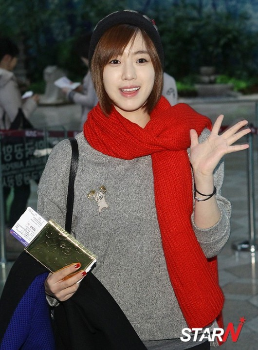 t-ara airport pictures to japan december 24 2012 (10)
