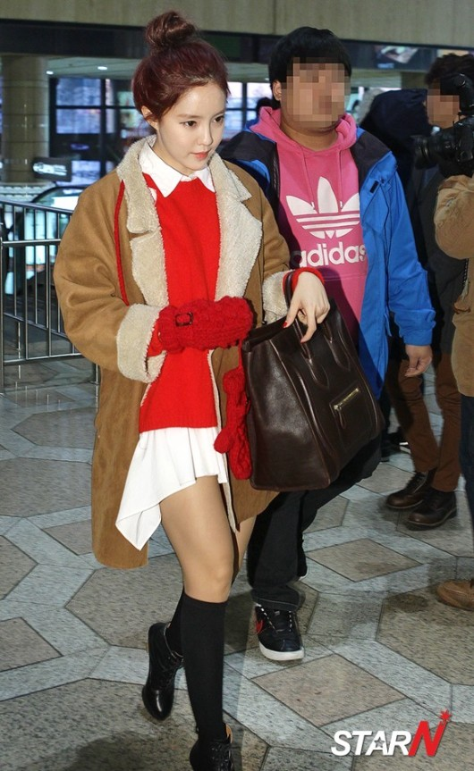 t-ara airport pictures to japan december 24 2012 (14)