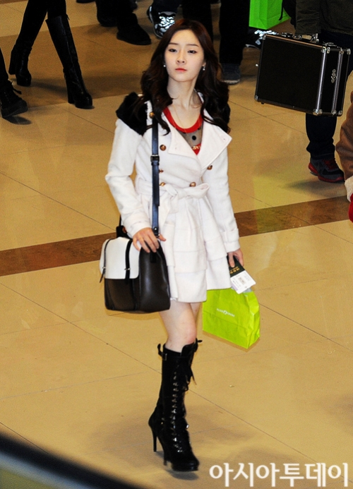 t-ara airport pictures to japan december 24 2012 (2)