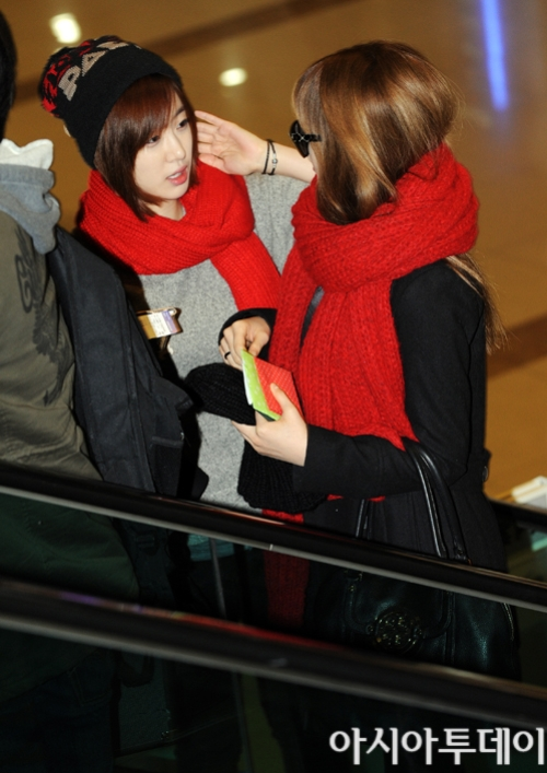 t-ara airport pictures to japan december 24 2012 (4)