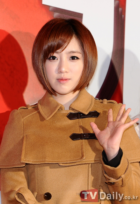 t-ara at marrying the mafia 5 vip premiere pictures (11)