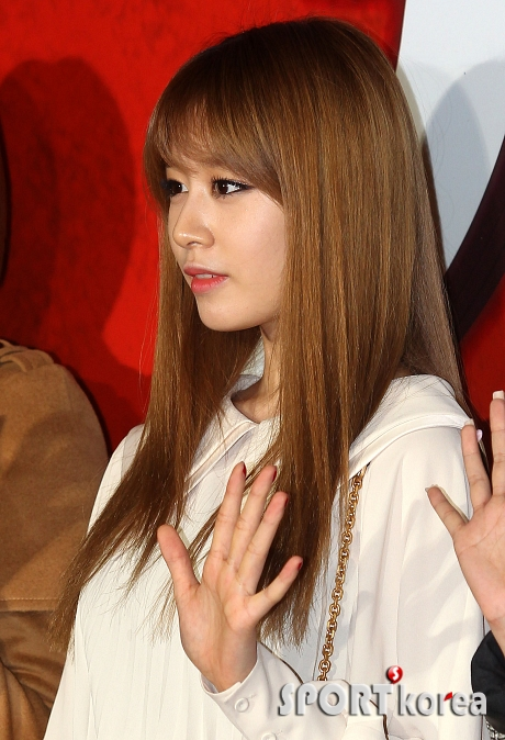 t-ara at marrying the mafia 5 vip premiere pictures (25)