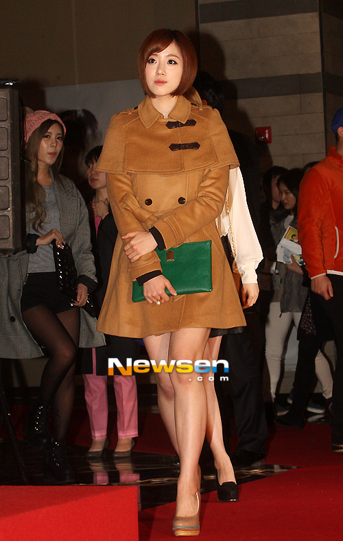 t-ara at marrying the mafia 5 vip premiere pictures (29)