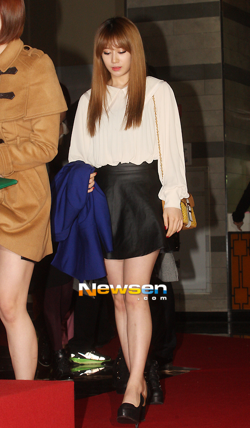 t-ara at marrying the mafia 5 vip premiere pictures (30)