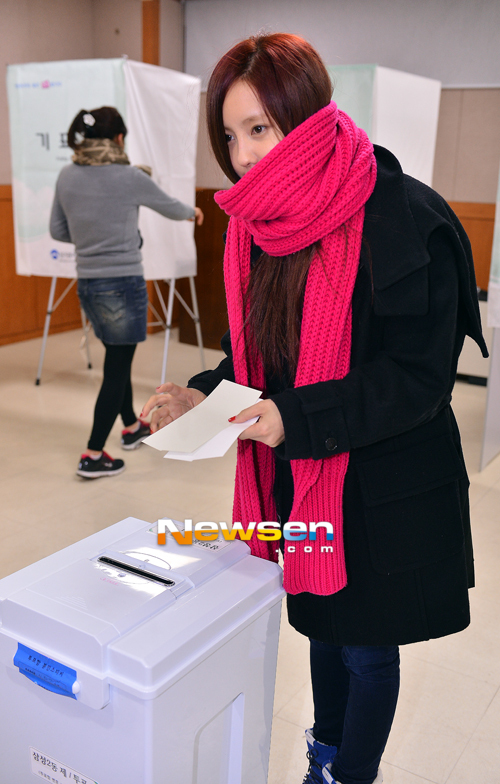 t-ara hyomin vote 2012 presidential election (2)