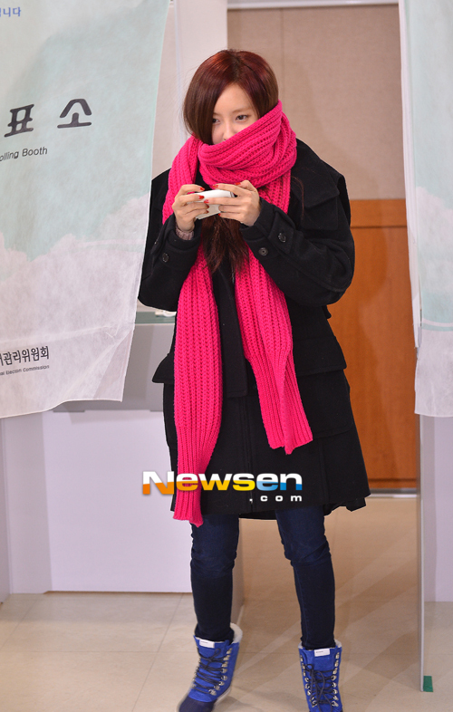t-ara hyomin vote 2012 presidential election (3)