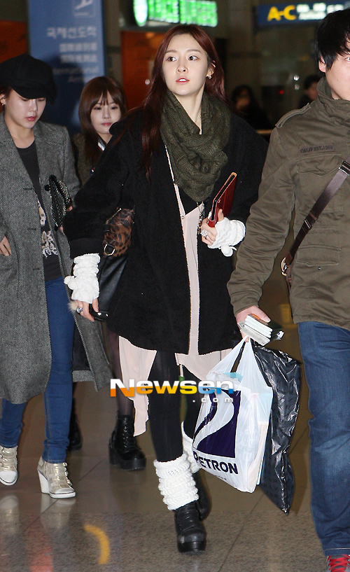 t-ara arrival in Korea pictures (1)