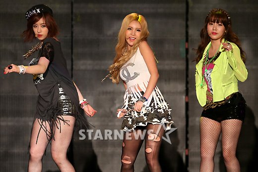 t-ara 2nd gaon chart awards (1)