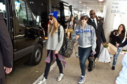 t-ara arrival in los angeles (4)